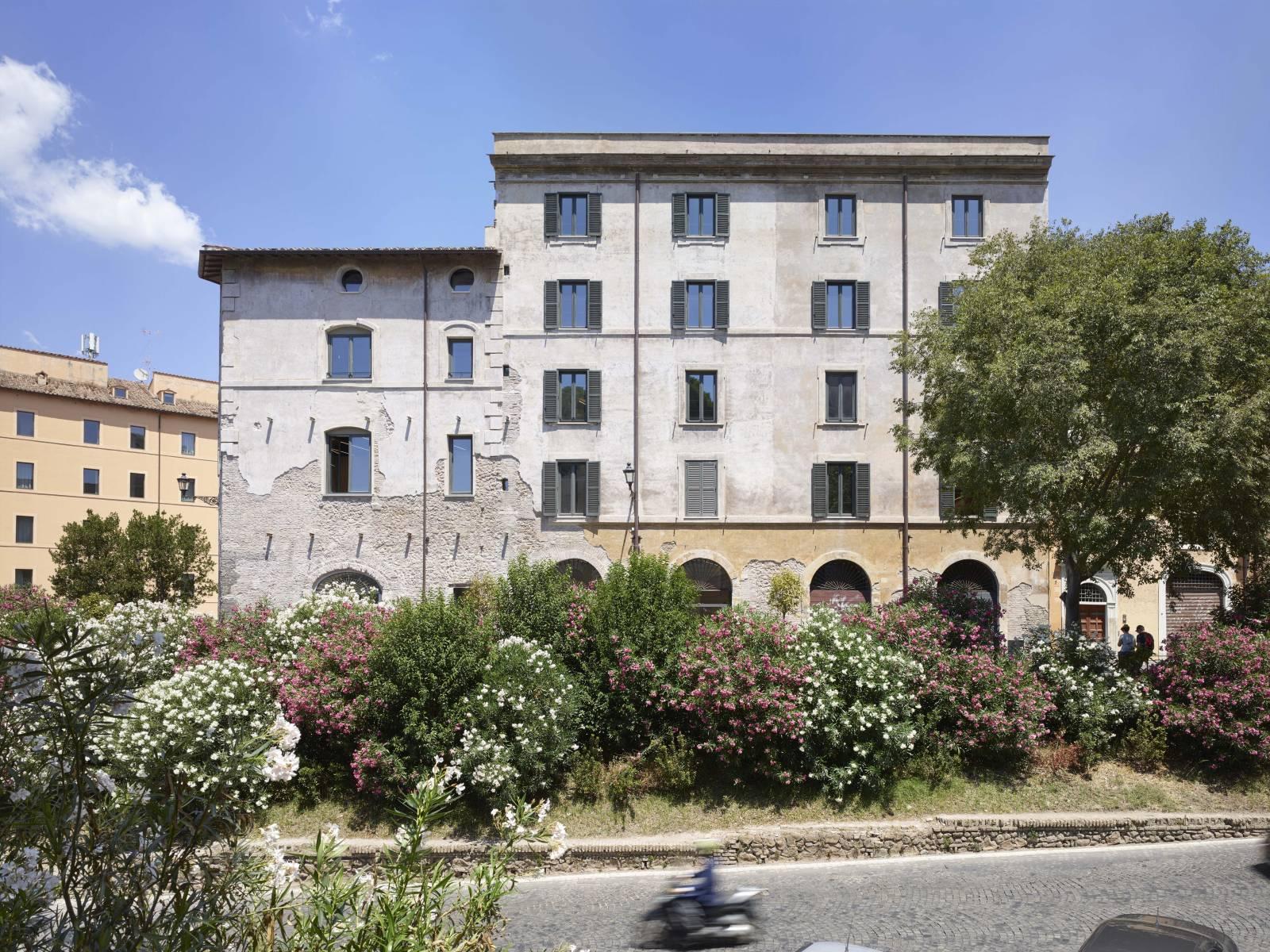 Rhinoceros Fondazione Alda Fendi Esperimenti Ateliers